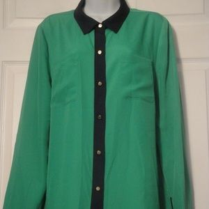 JUICY COUTURE Green Accent Navy Trim Blouse XL